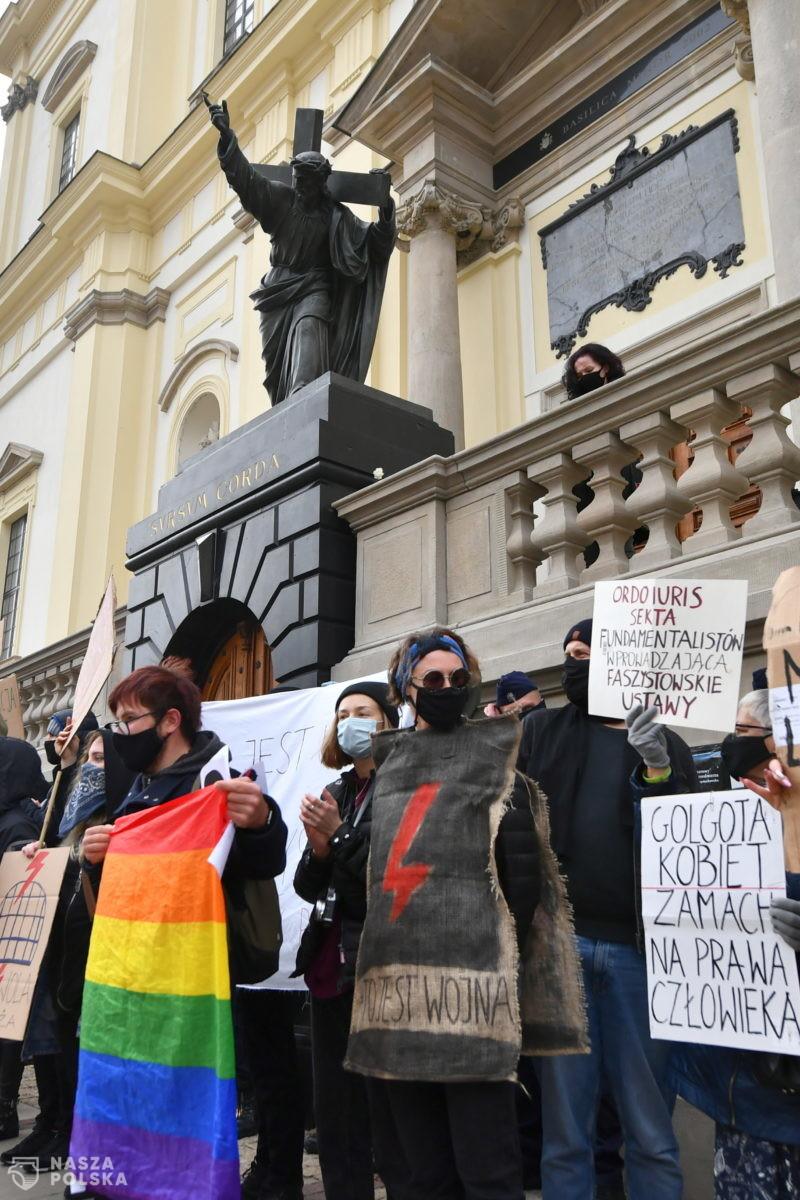 Szefowa Strajku Kobiet: za protesty w kościołach odpowiada Episkopat