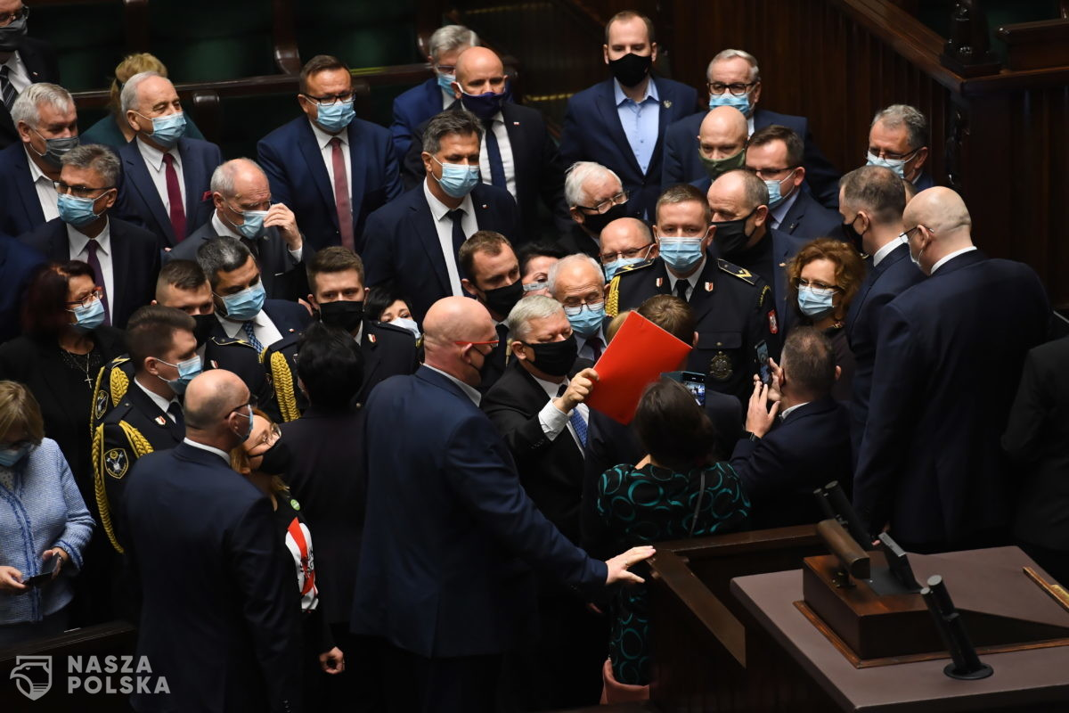 Awantura w Sejmie. Interweniowała straż marszałkowska