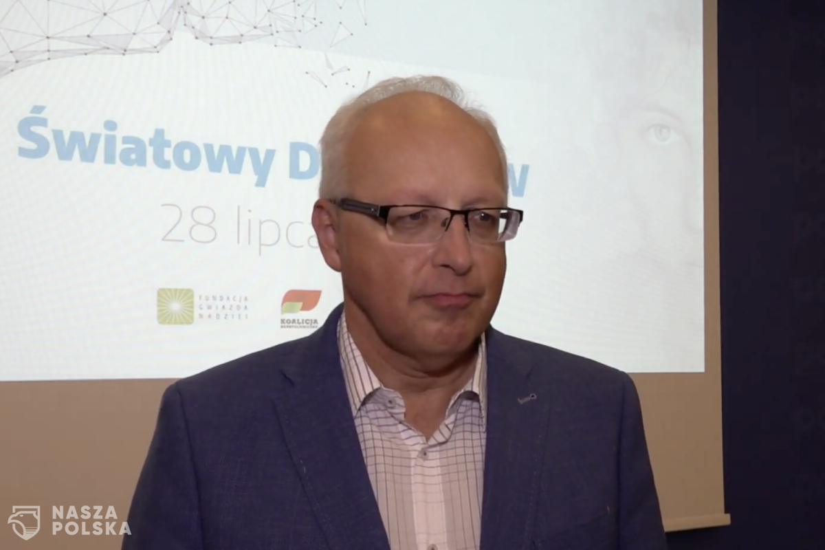 Prof. Flisiak: na koronawirusa uodpornionych jest ok. 20 proc. Polaków