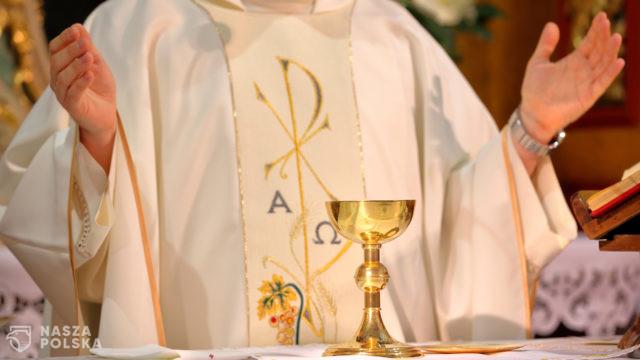 Ks. Bartoszek: posługa w szpitalu tymczasowym to bycie w sercu Kościoła
