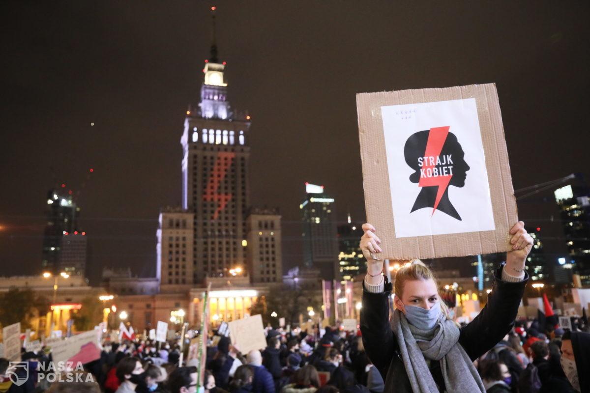 Zawisza: to Kaczyński i PiS odpowiadają za coraz liczniejsze protesty