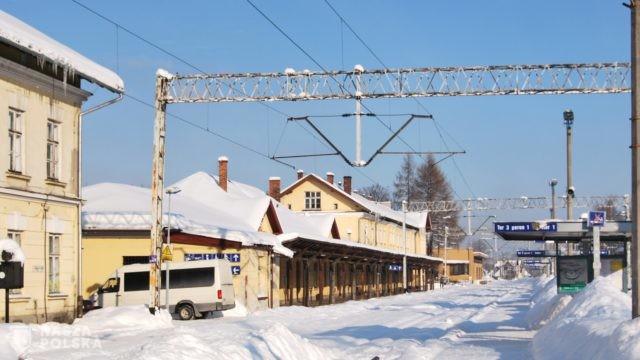 https://naszapolska.pl/wp-content/uploads/2020/11/ザコパネ駅(Zakopane)-640x360.jpg