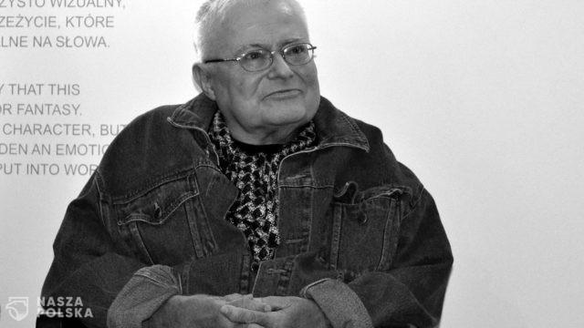 https://naszapolska.pl/wp-content/uploads/2020/11/1600px-Orfeusz-Preis_fur_Literatur_2015_-_Janusz_Szuber_0100-640x360.jpg
