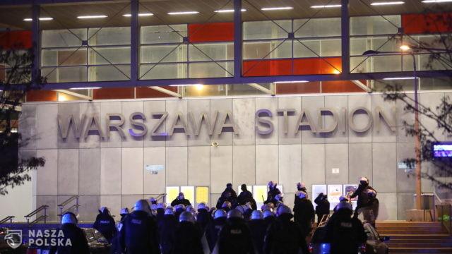 KSP o działaniach przy Stadionie Narodowym: policjanci musieli działać zdecydowanie