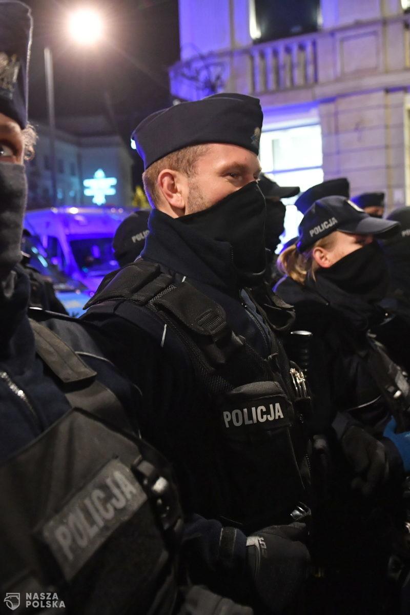 Wiceszef MSWiA: konferencja Trzaskowskiego to próba politycznego nacisku na Policję