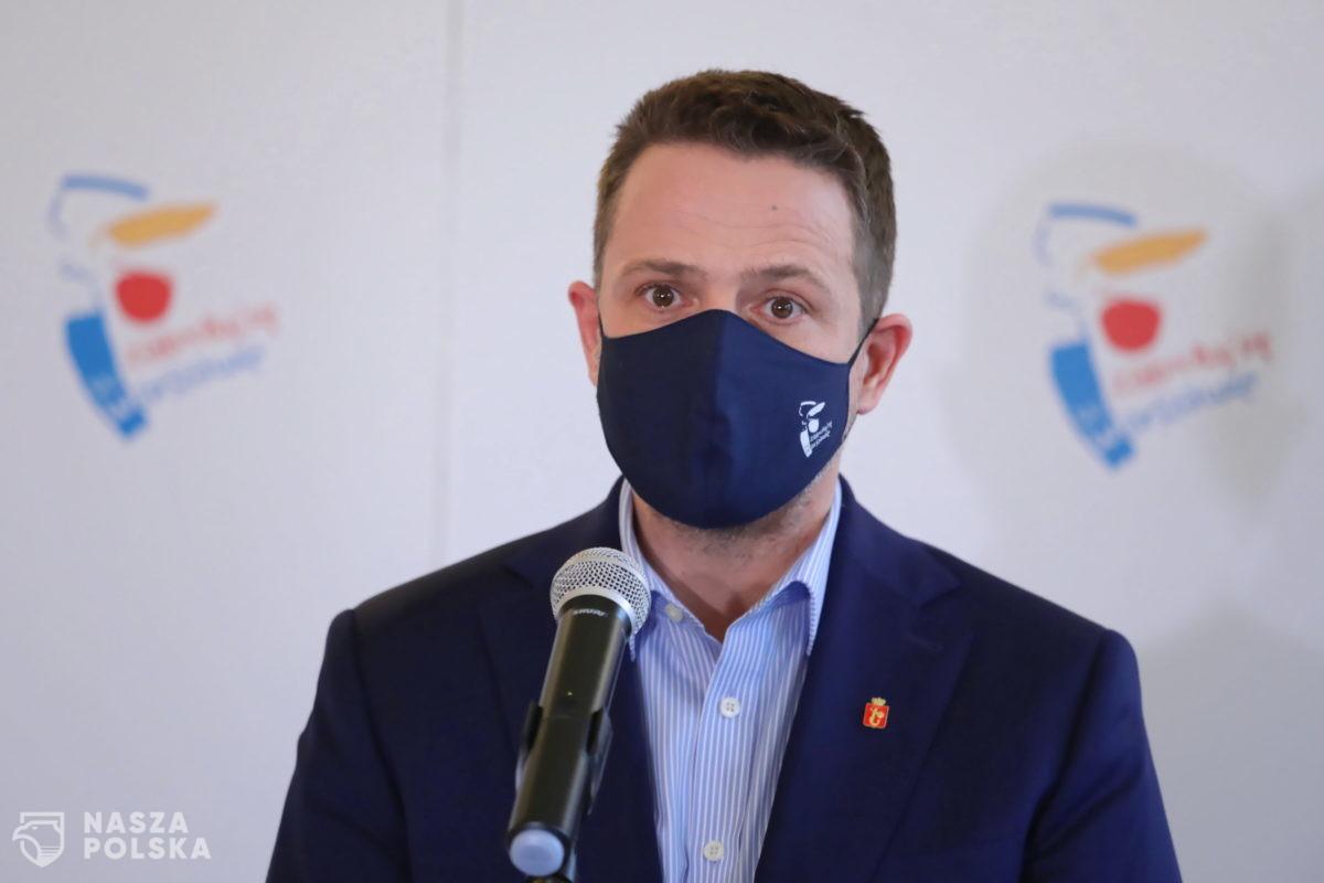 Trzaskowski grozi zawieszeniem wsparcia finansowego dla stołecznej policji