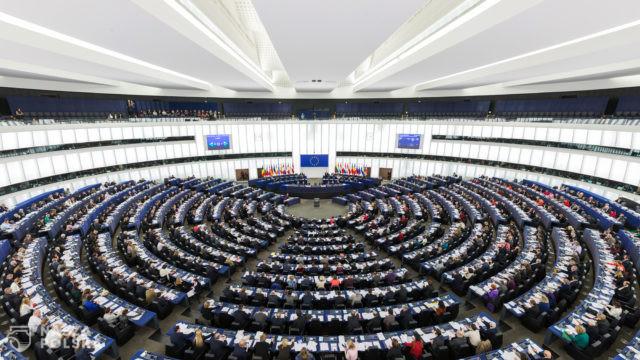 https://naszapolska.pl/wp-content/uploads/2020/11/European_Parliament_Strasbourg_Hemicycle_-_Diliff-640x360.jpg