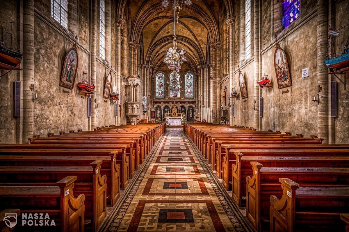 Biskupi do 27 grudnia przedłużają dyspensy od udziału w mszy w niedzielę i święta