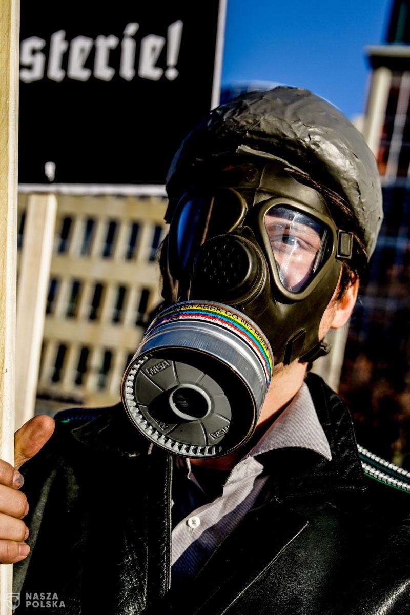 Niemiecki wirusolog: Pandemia będzie trwała jeszcze długo