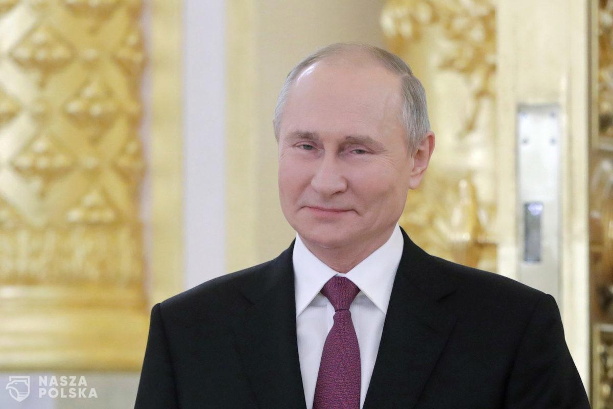 Rosjanie w ramach badań klinicznych zaszczepią kilkaset tysięcy żołnierzy