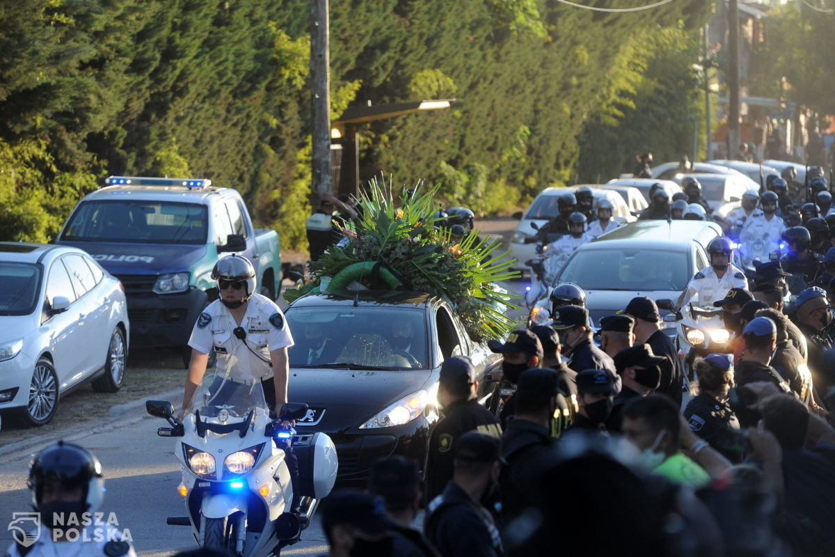 """Diego Maradona pochowany w """"Ogrodzie Pokoju"""""""