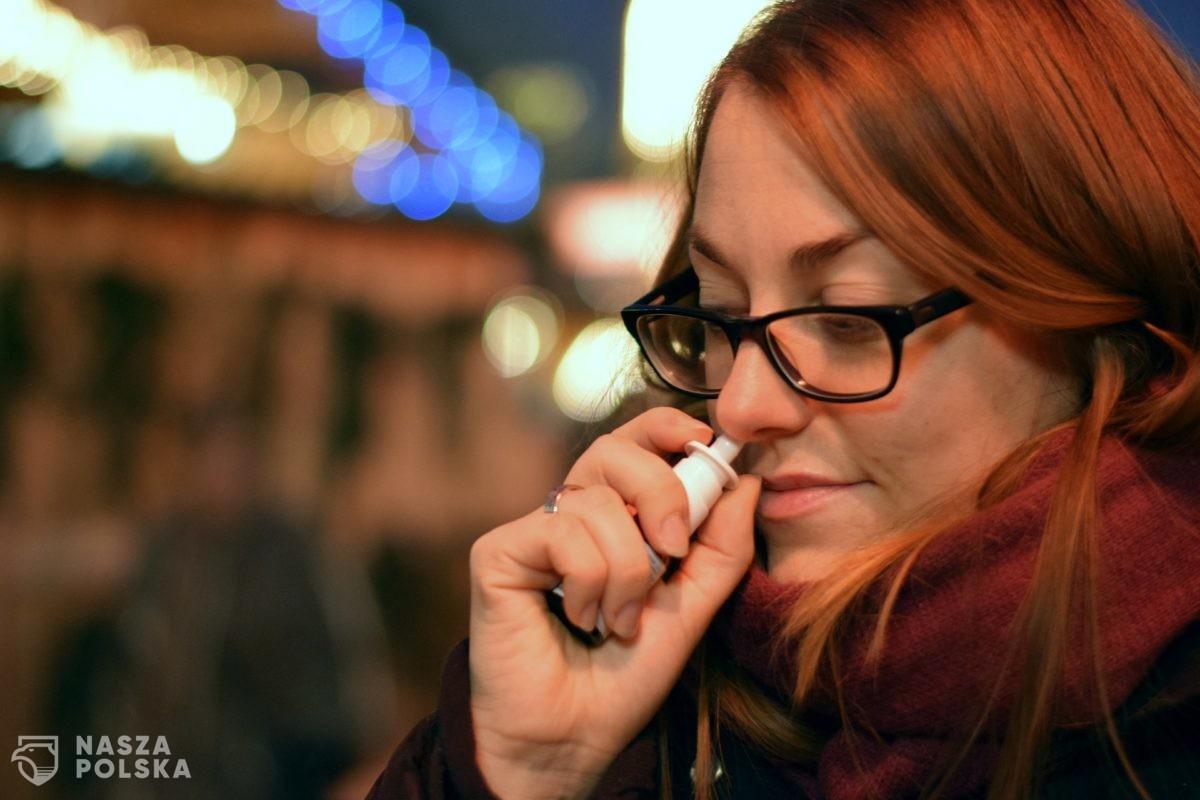 Opracowano spray do nosa, który zapobiega zakażeniom koronawirusem