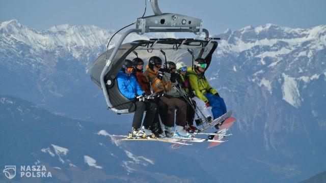 https://naszapolska.pl/wp-content/uploads/2020/11/ski-lift-1201084_1920-640x360.jpg