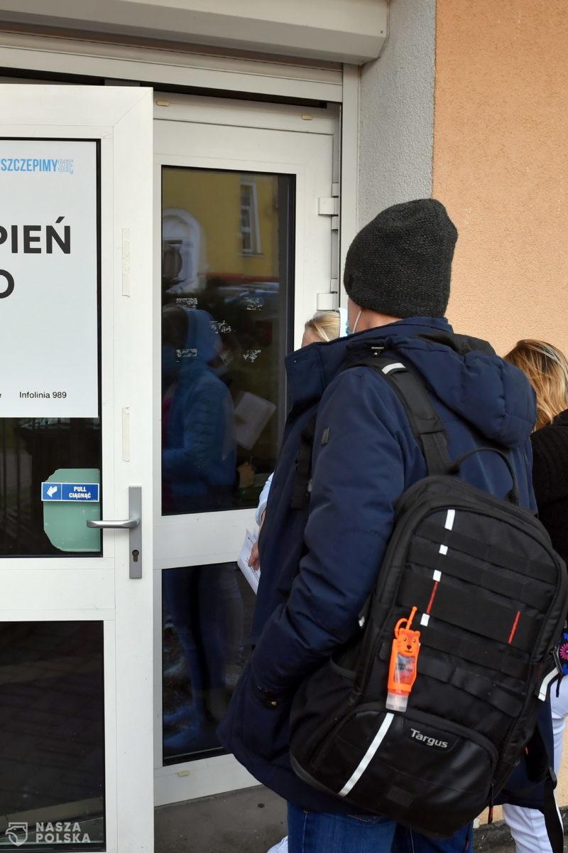 Blisko 1,5 miliona Polaków zgłosiło się już do szczepienia