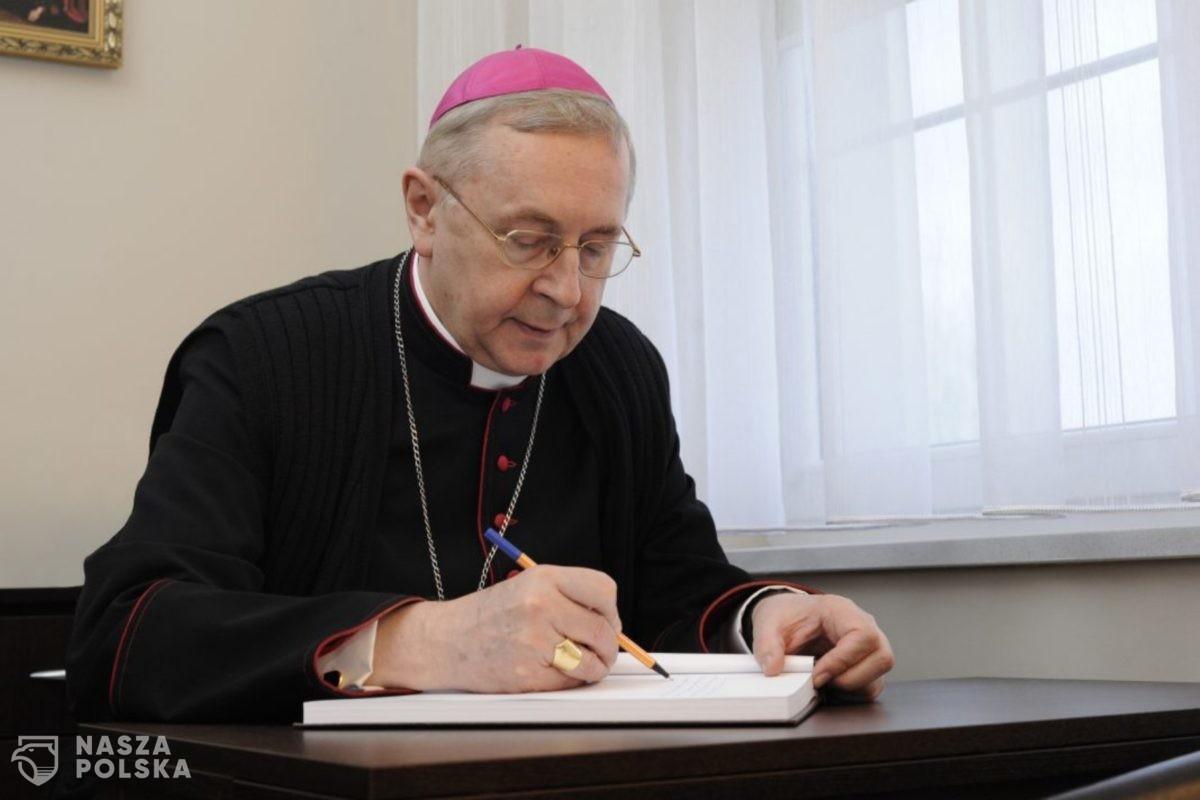 Przewodniczący Episkopatu: W rocznicę wyzwolenia Auschwitz apelujemy o pojednanie i pokój