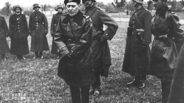 https://naszapolska.pl/wp-content/uploads/2020/12/Stanislaw-Maczek-wsrod-zolnierzy-10-Brygady-Kawalerii-podczas-zajmowania-Zaolzia-w-1938-roku-640x360.jpg