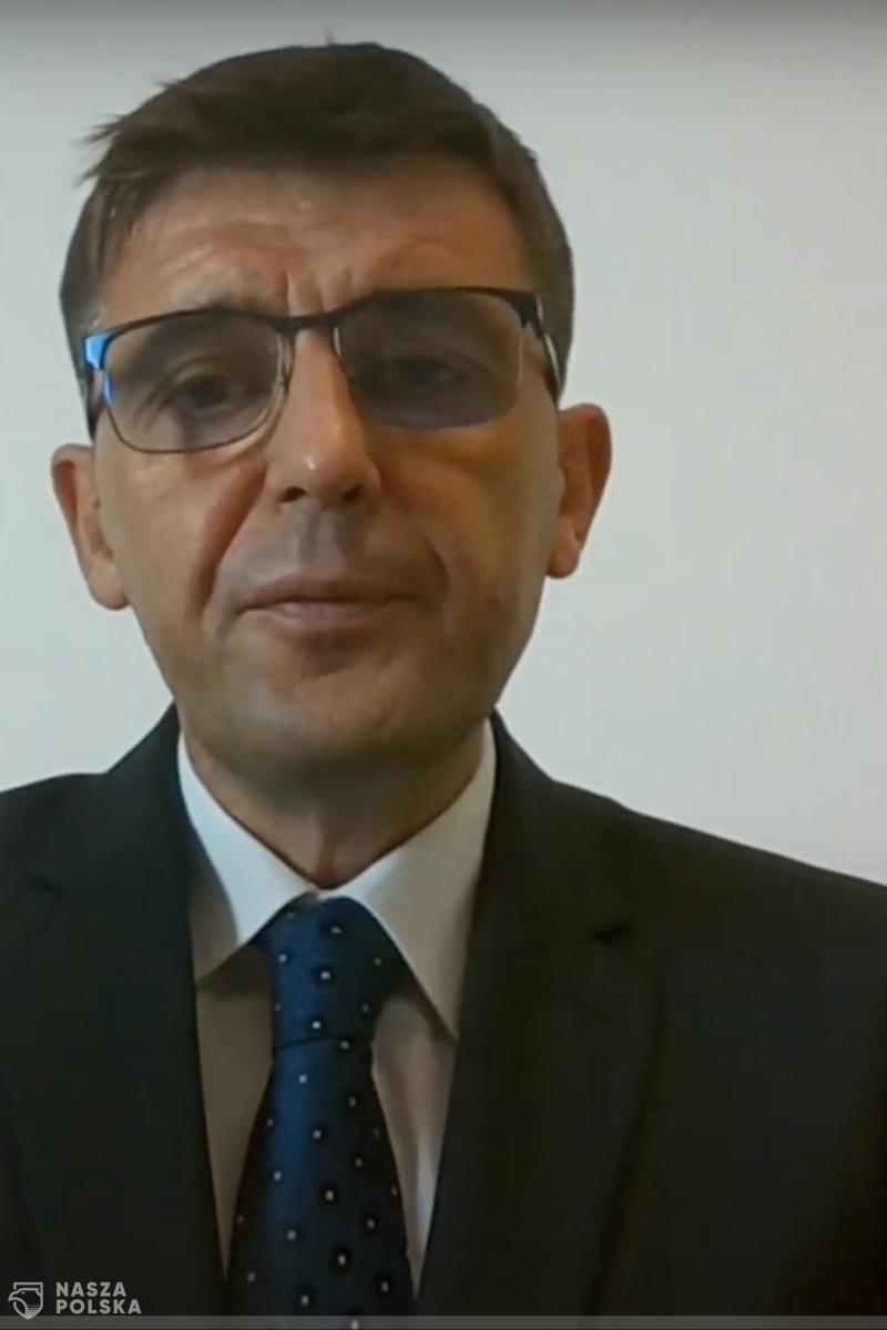 Prof. Kuchar: jesteśmy na fali wznoszącej, do szczytu zakażeń jeszcze daleko