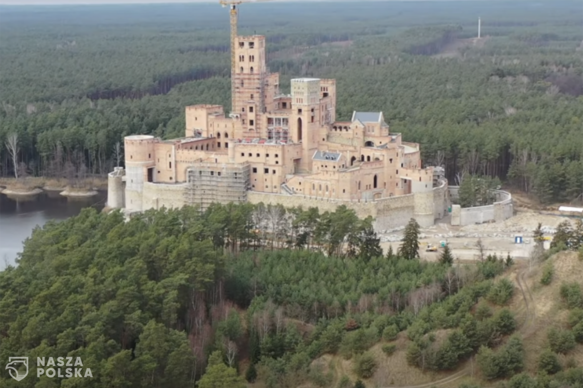 Wniosek o odwołanie wojewody, który zgodził się na zamek w obszarze Natura 2000