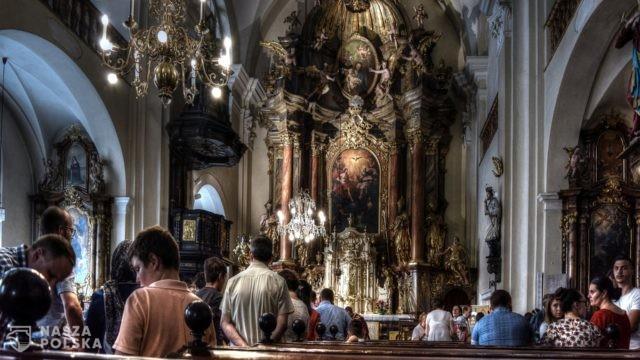 https://naszapolska.pl/wp-content/uploads/2020/12/catholic-2457569_1920-640x360.jpg