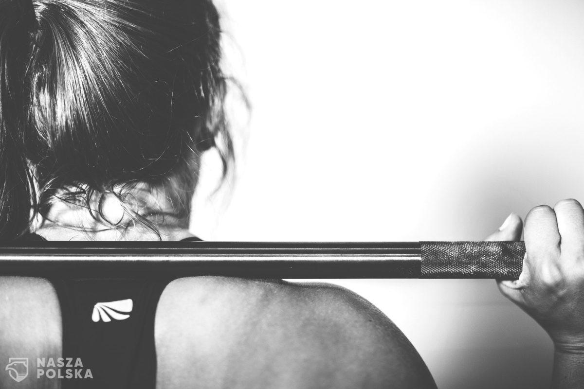 Branża fitness tonie w długach