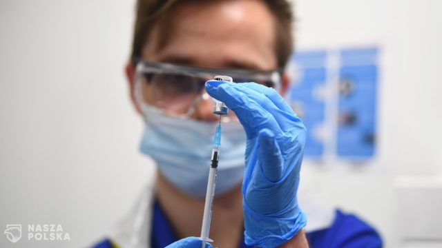 """Dworczyk: """"grupa zero"""" ma szanse rozpocząć szczepienia jeszcze w tym roku"""