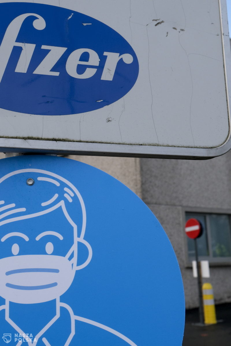 Media/ Pfizer zarabia w Europie miliardy na szczepionkach, nie płacąc od nich podatków