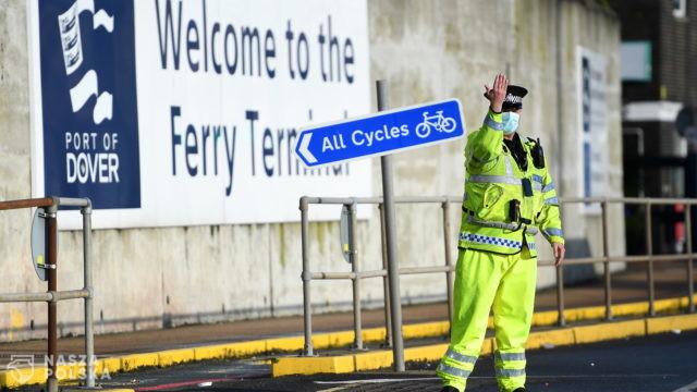 Medycy, którzy od czwartku wieczorem robili testy kierowcom w Dover, wracają do kraju