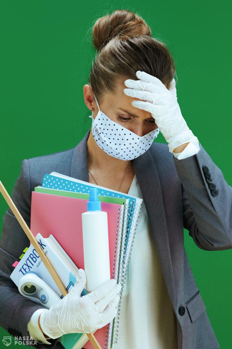 Co pięćdziesiąty przebadany nauczyciel ma koronawirusa