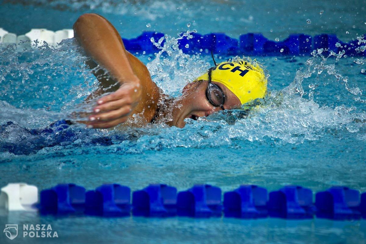 Badanie/ Chlorowana woda w basenie może zabić wirusa w 30 sekund