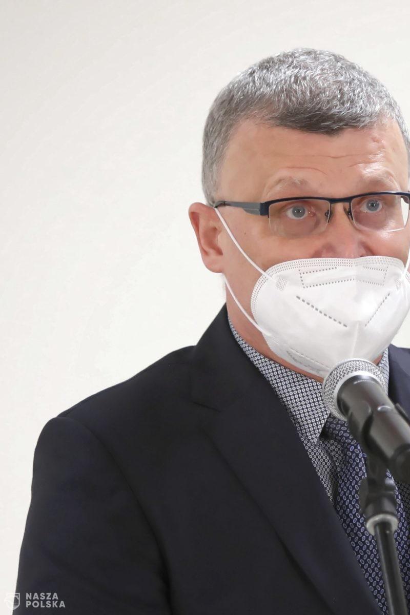 Grzesiowski: we wrześniu może wystąpić czwarta fala