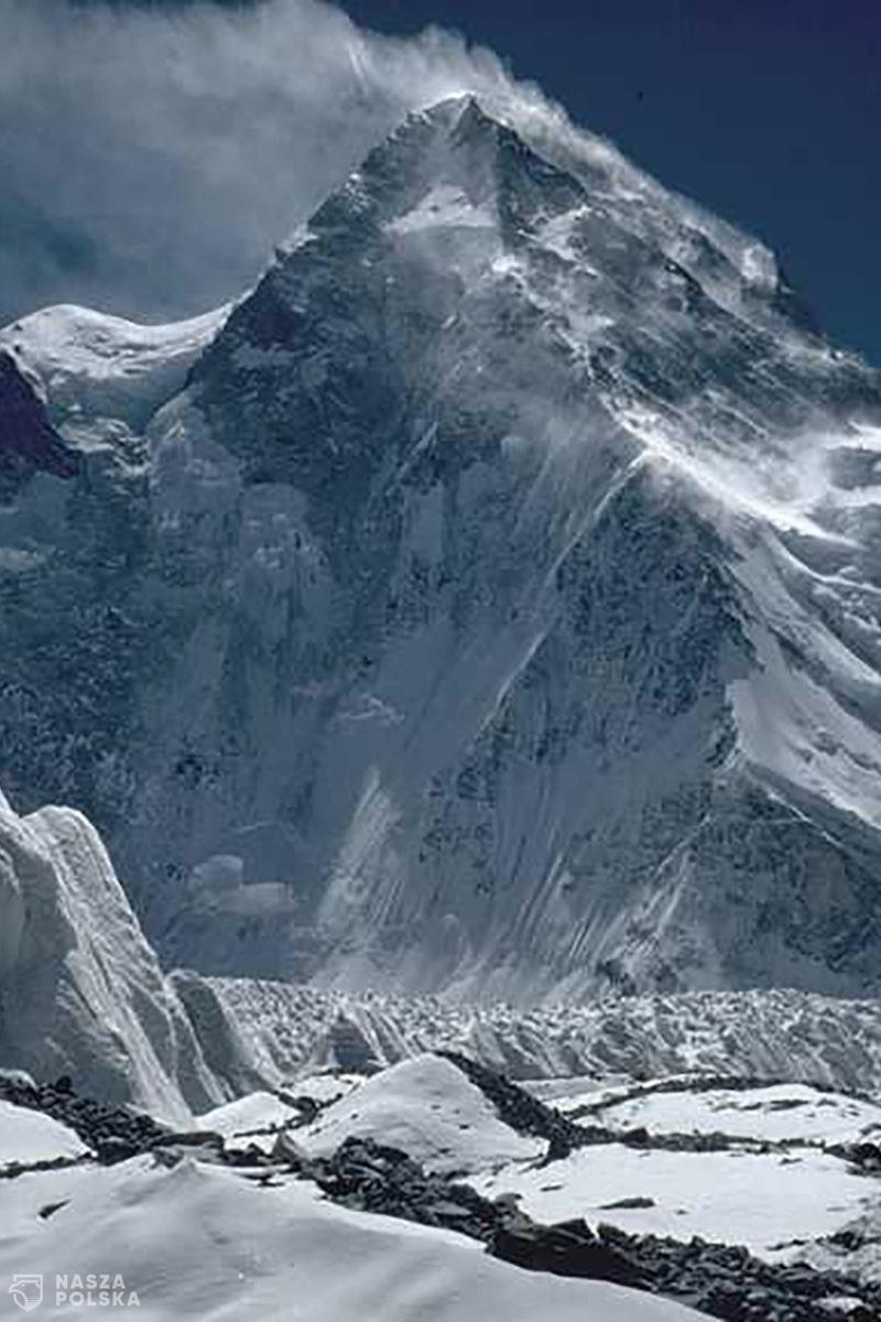 K2 zdobyty zimą