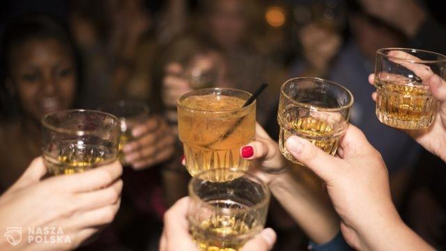Polacy wypili w 2020 więcej alkoholu niż rok wcześniej