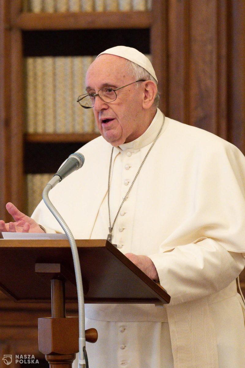 Papież Franciszek: Chrześcijanie muszą być bliźnimi cierpiącej ludzkości