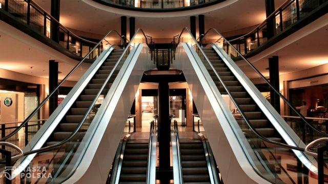 Handlowcy domagają się pełnego otwarcia sklepów od 1 lutego