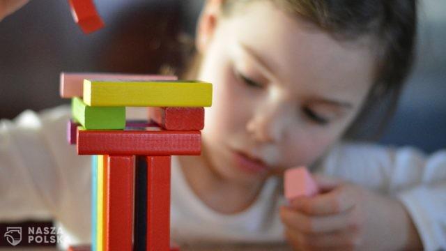 Edukacja domowa czy edukacja zdalna?