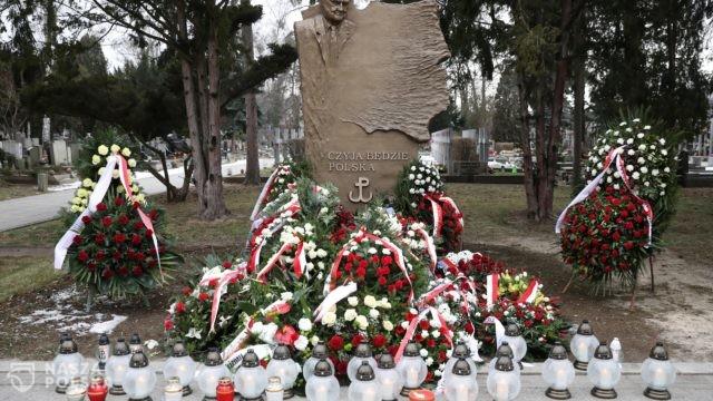 Na Powązkach oddano hołd Janowi Olszewskiemu
