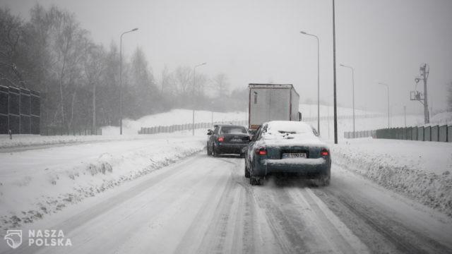 Sześć milionów Polaków niezmienia opon na zimowe
