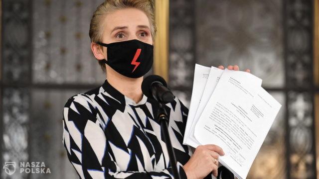 Posłanka Scheuring-Wielgus składa zawiadomienia m.in. na prymasa Polski ws. zaniechań dot. ks. Dymera
