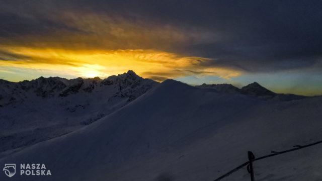 Tatry/ Wschód słońca nad Świnicą