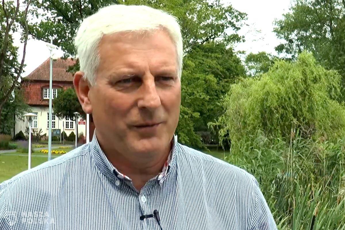 Burmistrz Mikołajek: Nikomu nie zakażę dalszej działalności