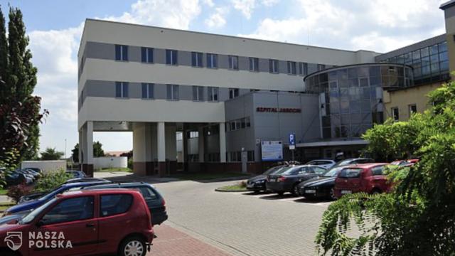 Szpital w Jarocinie zabronił ojcu być przy porodzie. Wpuszczono za to… lokalnych polityków