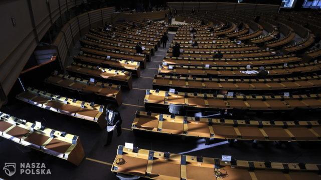 Burzliwa debata w PE ws. zakazu aborcji w Polsce ze względu na ciężką wadę płodu
