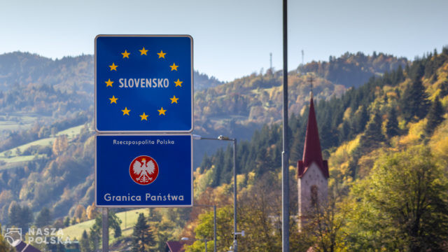 Słowacja/ Nowe zasady przekraczania granic, korki i protesty na przejściach