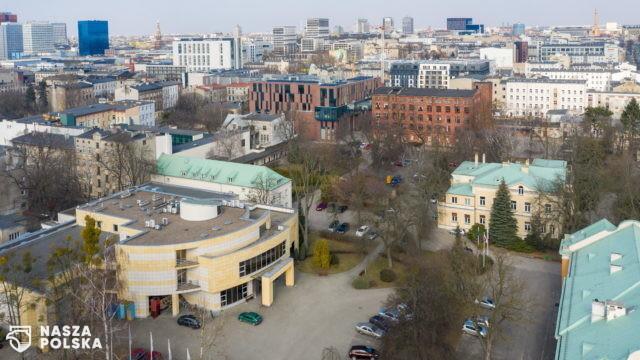 """[FILM] Łódzki pomysł na kartę miejską: """"J…ać biedę"""""""