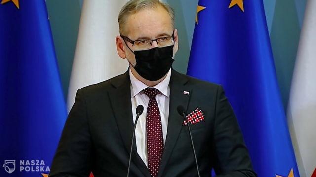 Na 5,5 mln zaszczepionych Polaków, tylko 51 tys. miało dodatni wynik testu