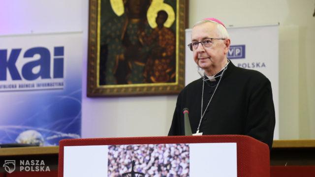 Przewodniczący Episkopatu: rodzina zasługuje na całoroczne świętowanie