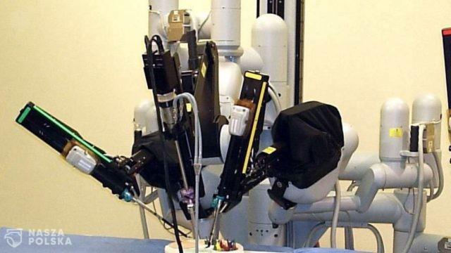 Na świecie operacje wykonuje już niemal 6 tys. robotów chirurgicznych. W Polsce do dyspozycji jest tylko 14