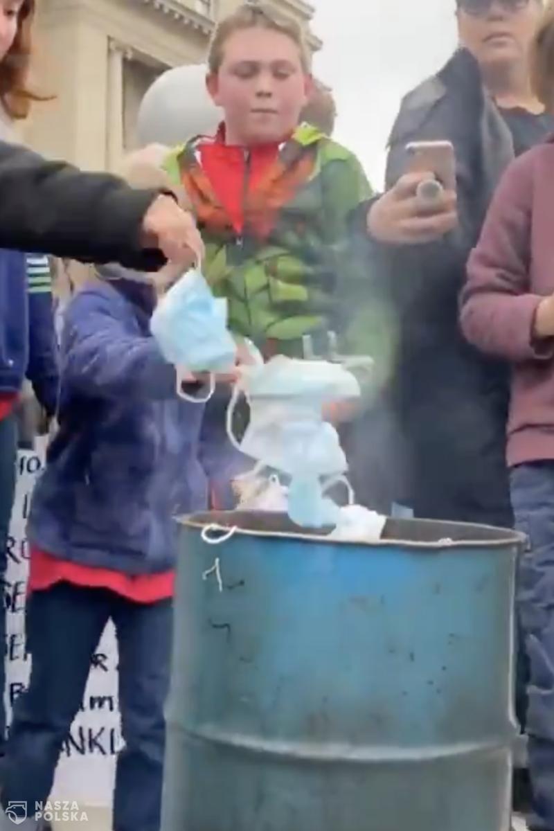 [FILM] USA/ Protest – palenie maseczek: Nie zamierzamy sami się zadusić