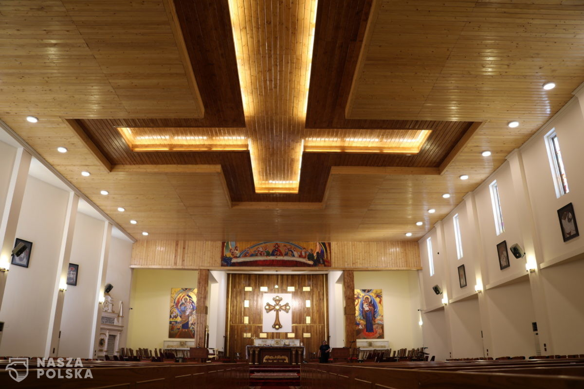 Kard. Nycz odwołał dyspensę od uczestnictwa w niedzielnych mszach św.