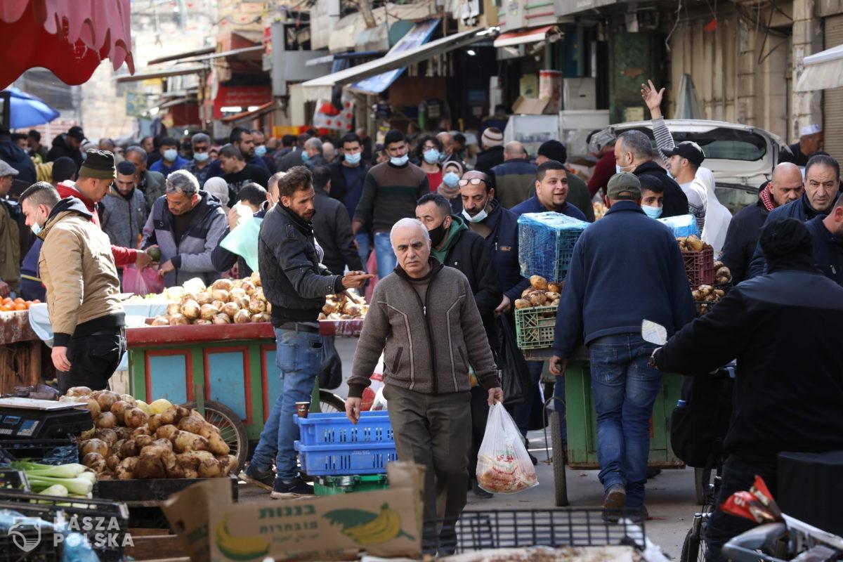 Izrael odkłada szczepienia Palestyńczyków